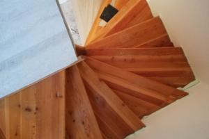 Renovace schodiště lepený vinyl